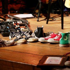 Chucks auf der Bühne